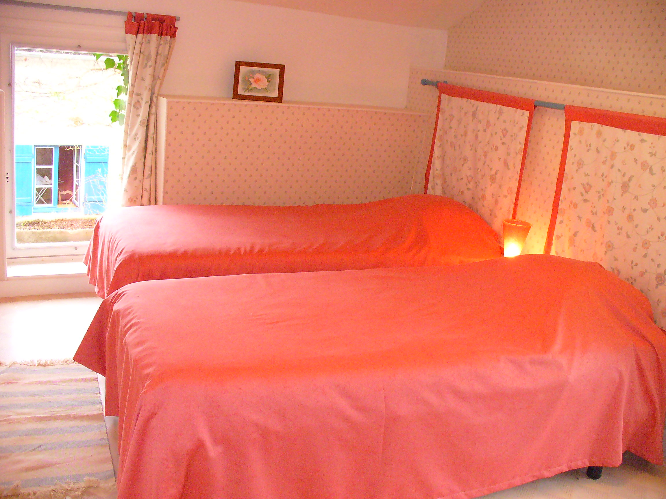 Chambre orange rose for Chambre fushia orange